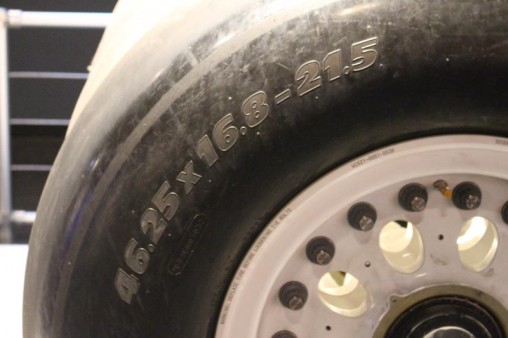 Special size tires for a shuttle